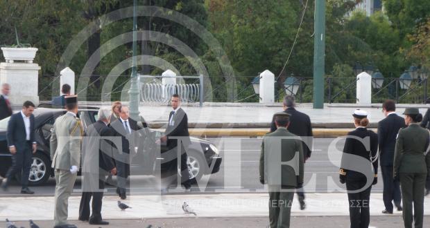 وصل الرئيس الفرنسي فرانسوا اولوند الي اثينا يوم الخميس في زيارة تستمر يومين